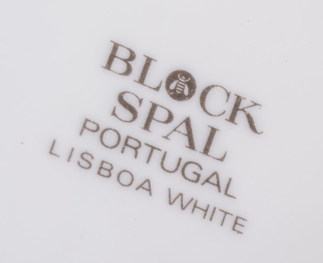 Portuguese Porcelain Dinner Service - 2