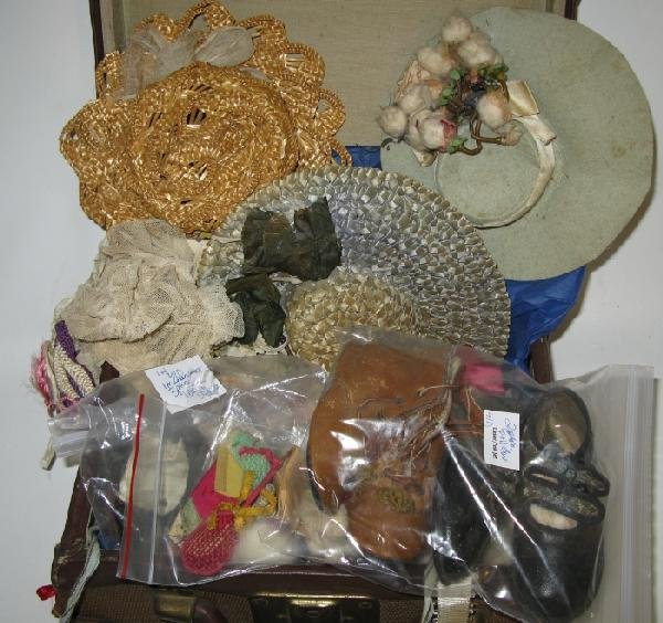 9: Vintage Doll Trunk & Victorian Doll Accessories: