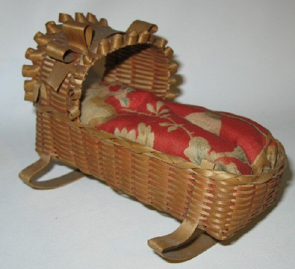 20: Vintage Hand-woven Native Miniature Doll Cradle Bas