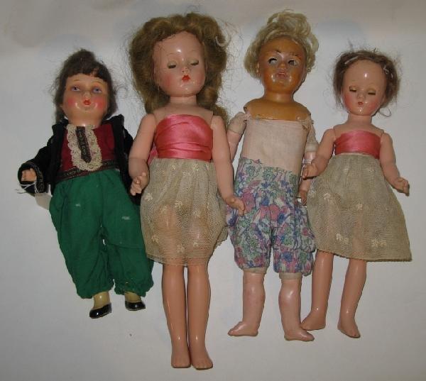 24: Lot of 4 Vintage 1940's Dolls