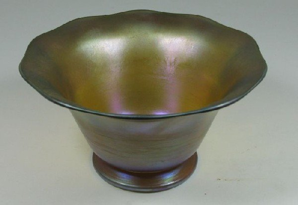 2005: Small irredescent Tiffany bowl