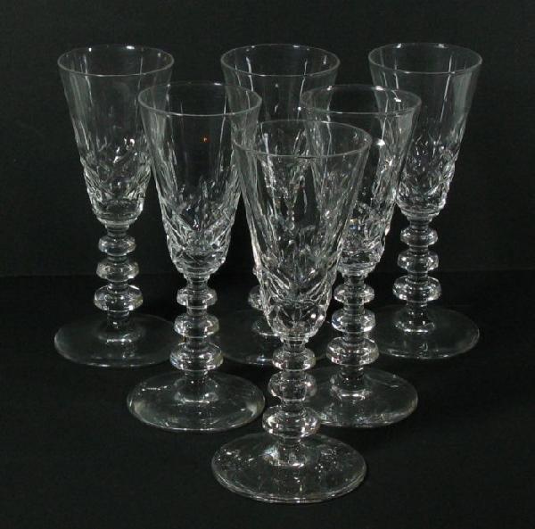 2008: 10 stemmed wine glasses