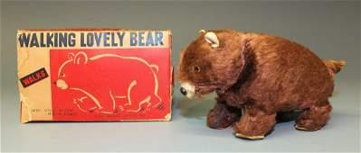 MT WALKING LOVELY BEAR WINDUP & BOX
