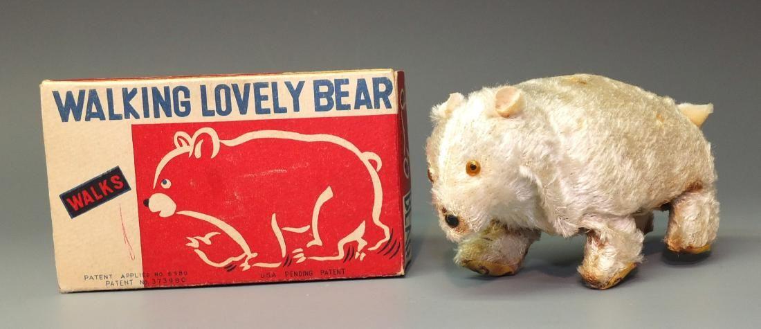MODERN TOYS WALKING LOVELY POLAR BEAR & BOX