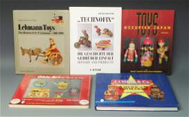LOT OF 5 ANTIQUE & VINTAGE TOY GUIDE BOOKS