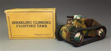 MARX E12 SPARKLING CLIMBING FIGHTING TANK & BOX