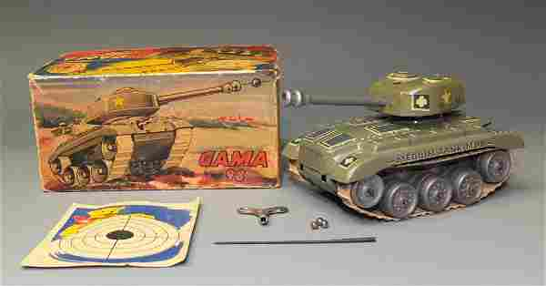 GERMAN GAMA 98 WINDUP TANK w/ ACCESSORIES & BOX