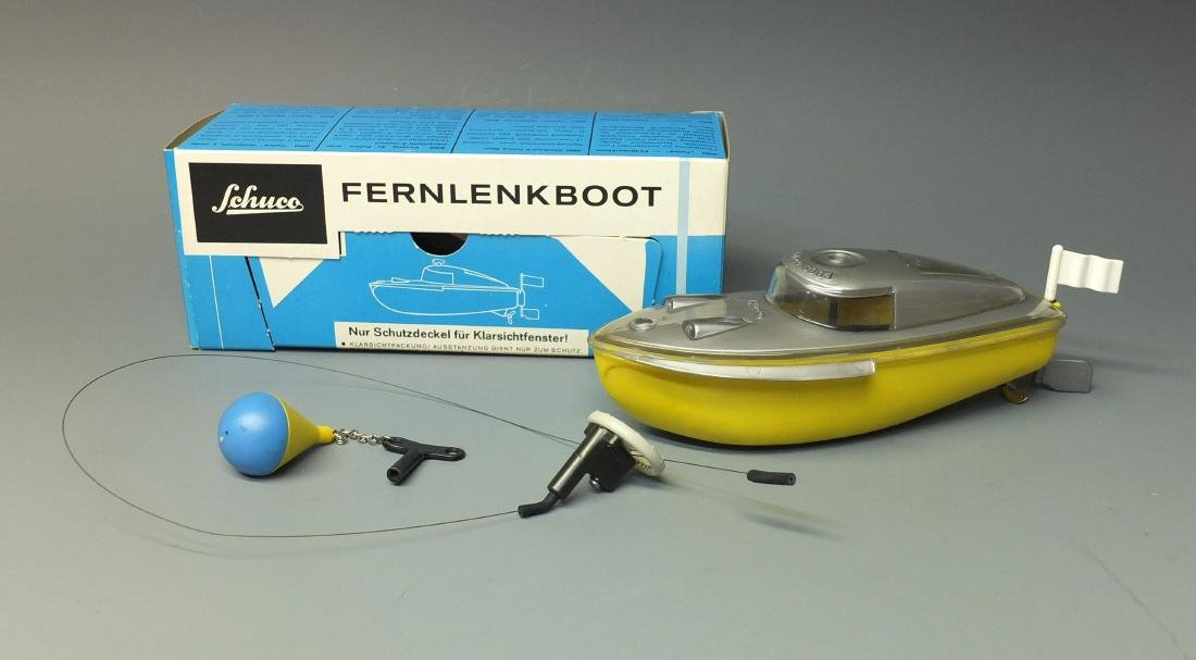 SCHUCO GERMAN 3003 FERNLENKBOOT WIND UP REMOTE CONTROL