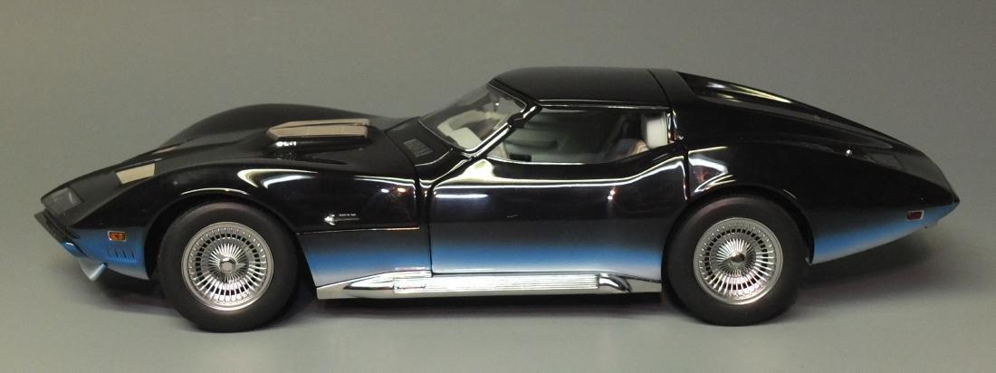 AUTOARTÿMILLENNIUM BLUE 1968 CHEVROLET CORVETTE MANTA - 5