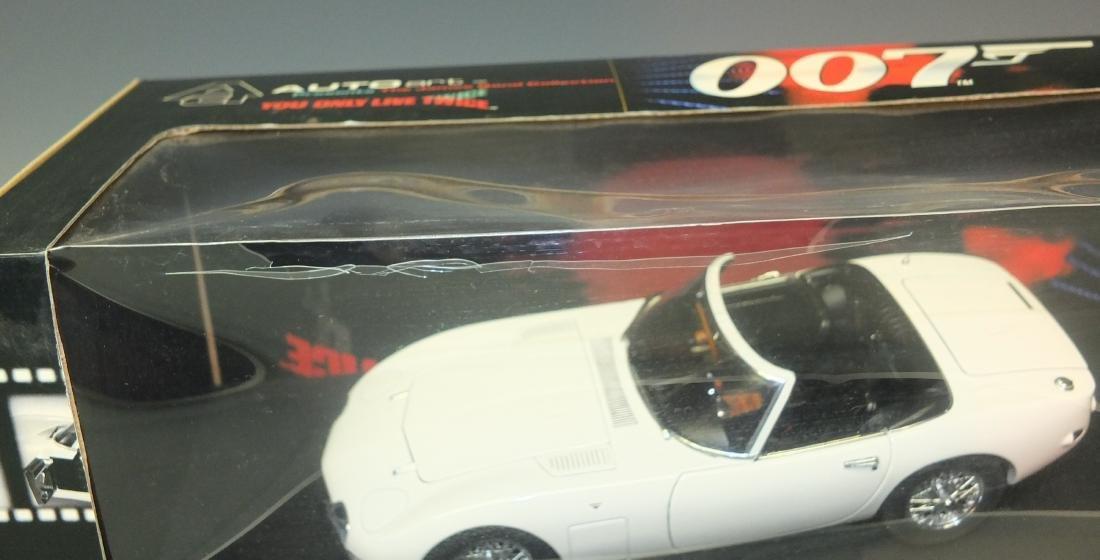 AUTOART JAMES BOND 007 YOU ONLY LIVE TWICEÿTOYOTA 2000 - 6