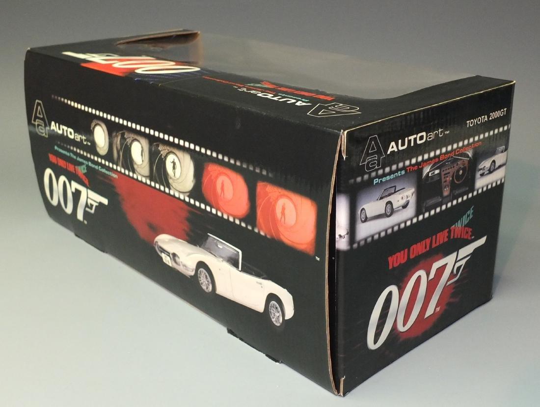 AUTOART JAMES BOND 007 YOU ONLY LIVE TWICEÿTOYOTA 2000 - 7