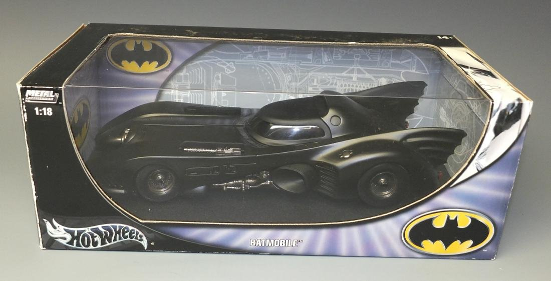 HOT WHEELS METAL COLLECTIONÿBATMOBILE 1:18ÿCAR - 5
