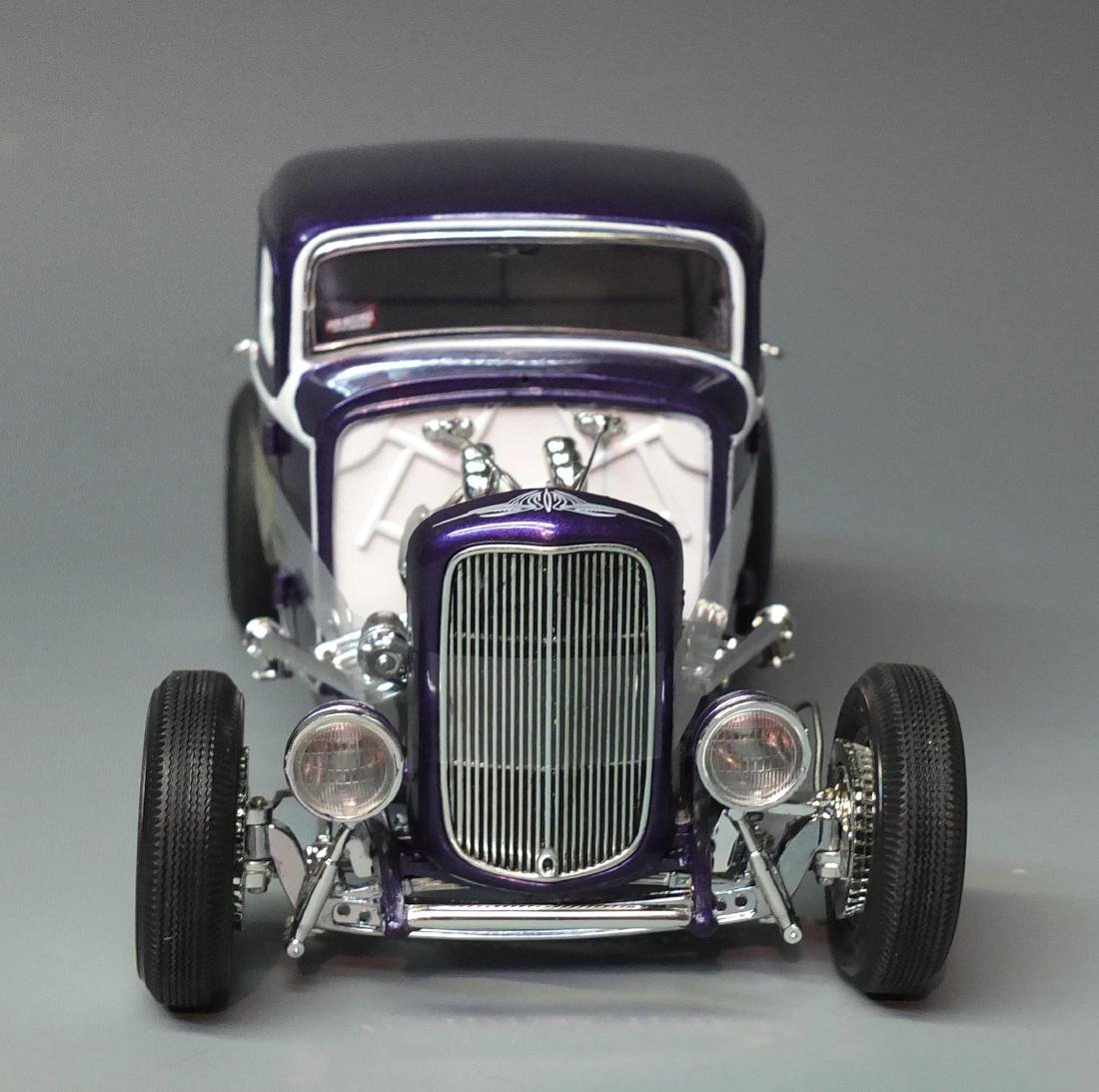 ACME PURPLE 1932 FORD 5 FIVE WINDOW COUPE GRAND - 4