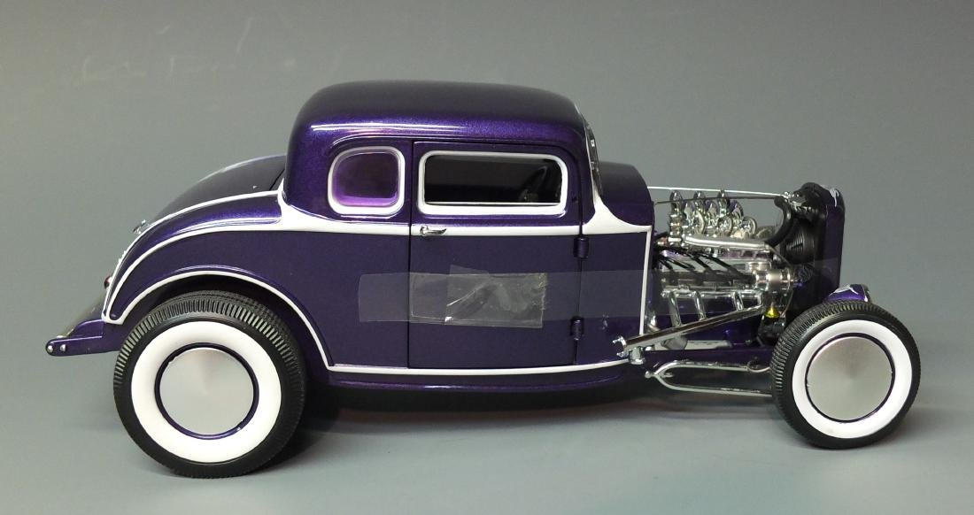 ACME PURPLE 1932 FORD 5 FIVE WINDOW COUPE GRAND - 5
