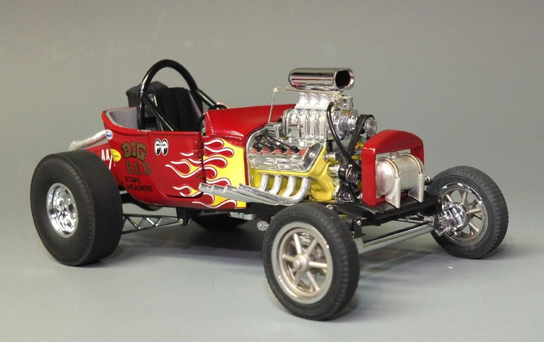 DANBURY MINT 1925 FORD ALTERED T DRAGSTER 1:24 CAR - 2
