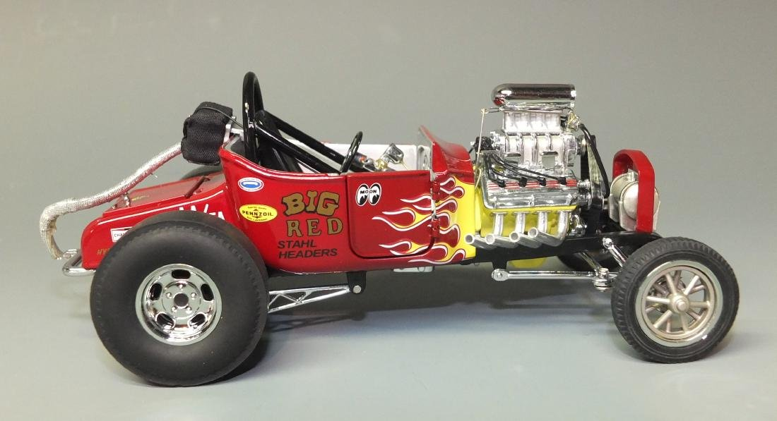 DANBURY MINT 1925 FORD ALTERED T DRAGSTER 1:24 CAR - 3