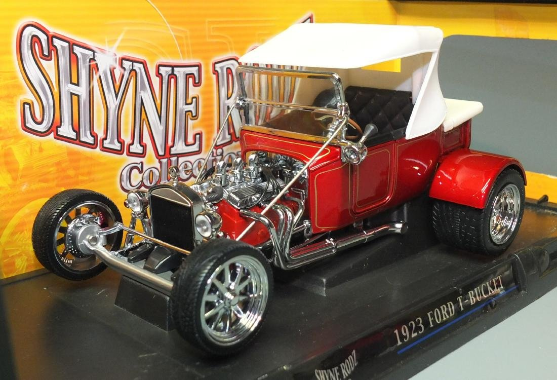 ROAD SIGNATURE SHYNE RODZ RED 1923 FORD T-BUCKET 1:18 - 3