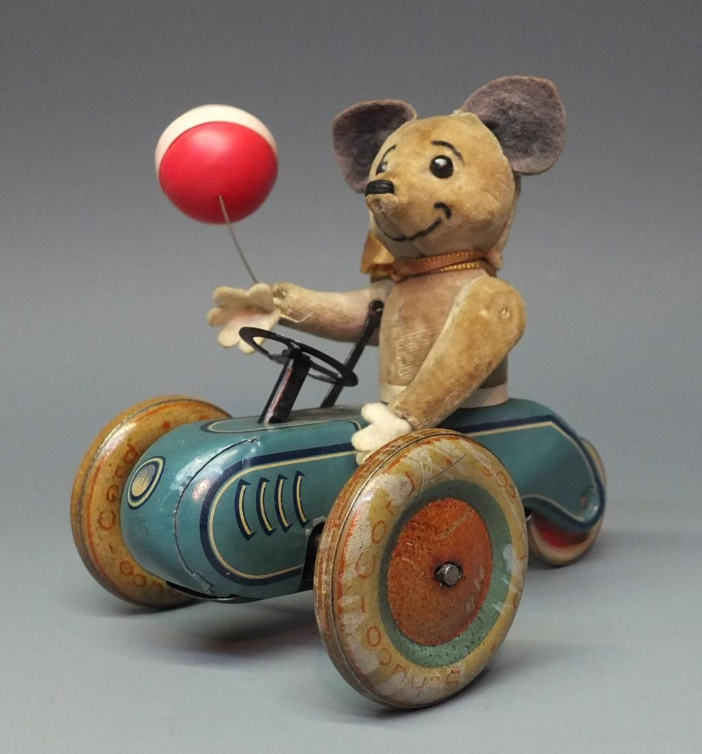 SCHUCO 853 MOUSE TRICYCLE SCOOTER WINDUP