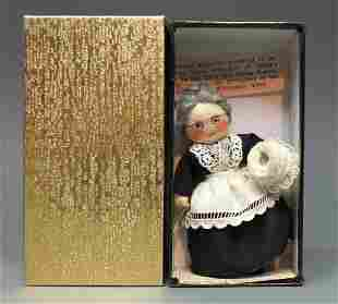 MILLYS MINIATURES OLD AUNT MARY DOLL BOX