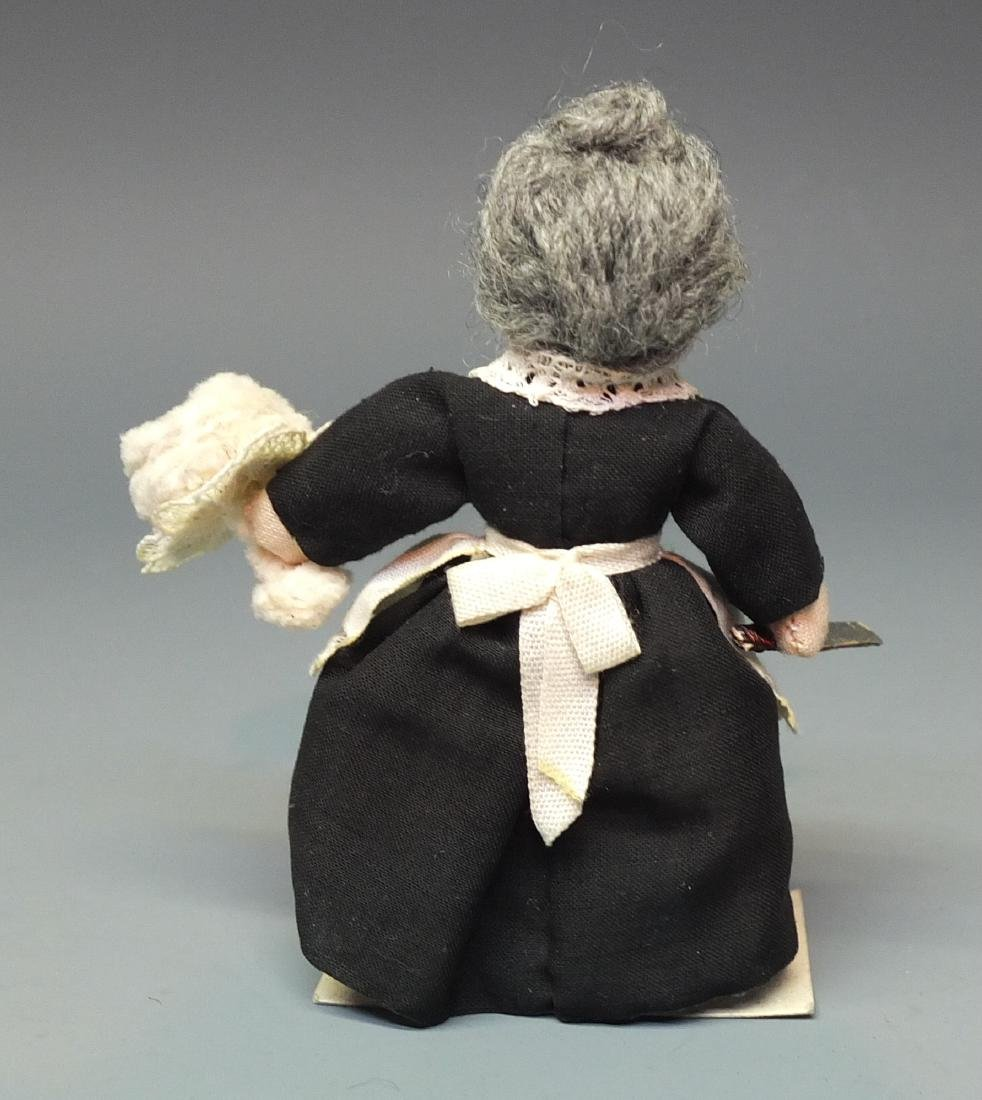 MILLY'S MINIATURES OLD AUNT MARY DOLL & BOX - 6