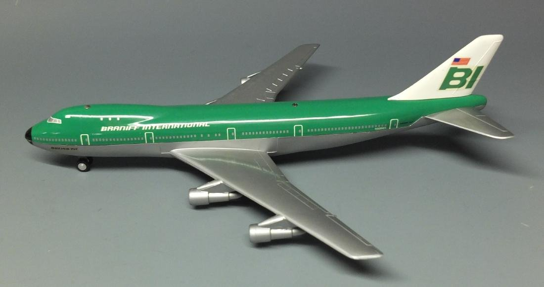 SCHUCO 1025 BRANIFF WINDUP 747 JET & BOX - 3