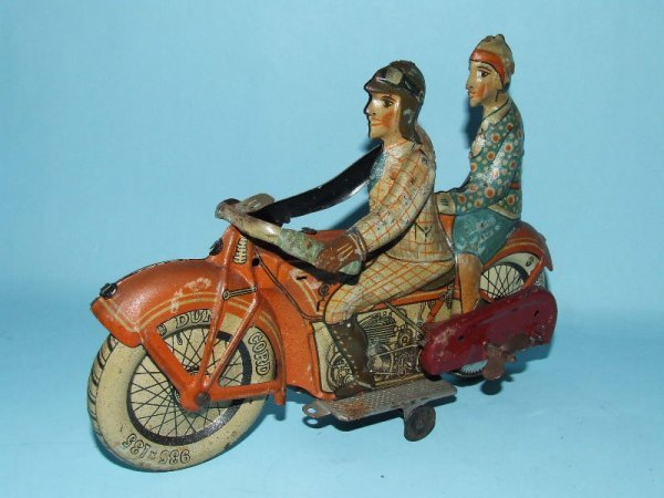 11: 1920's TIPPCO TIPP CO TIN WIND UP TOY MOTORCYCLE
