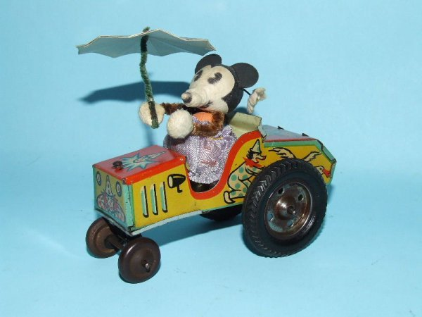 13: 1940's GERMAN DISNEY MINNIE MOUSE TIN WIND UP CAR