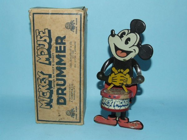17: CHEIN MICKEY MOUSE JAZZ DRUMMER TIN TOY & BOX