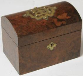 19TH CENTURY WALNUT TEA BOX