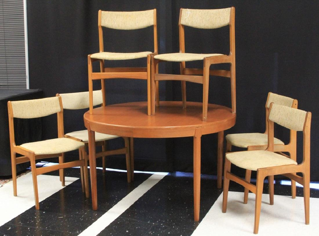 DANISH MODERN TEAK DINING TABLE WITH (6) CHAIRS