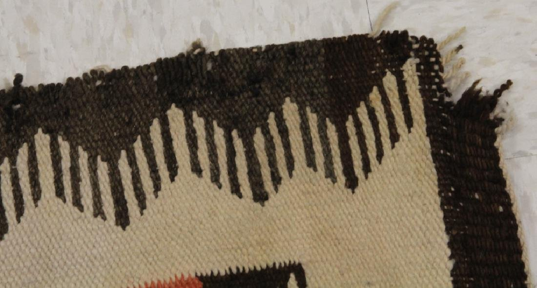 NATIVE AMERICAN INDIAN NAVAJO WOVEN BLANKET - 2