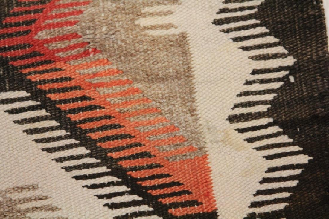 NATIVE AMERICAN INDIAN NAVAJO WOVEN BLANKET - 4
