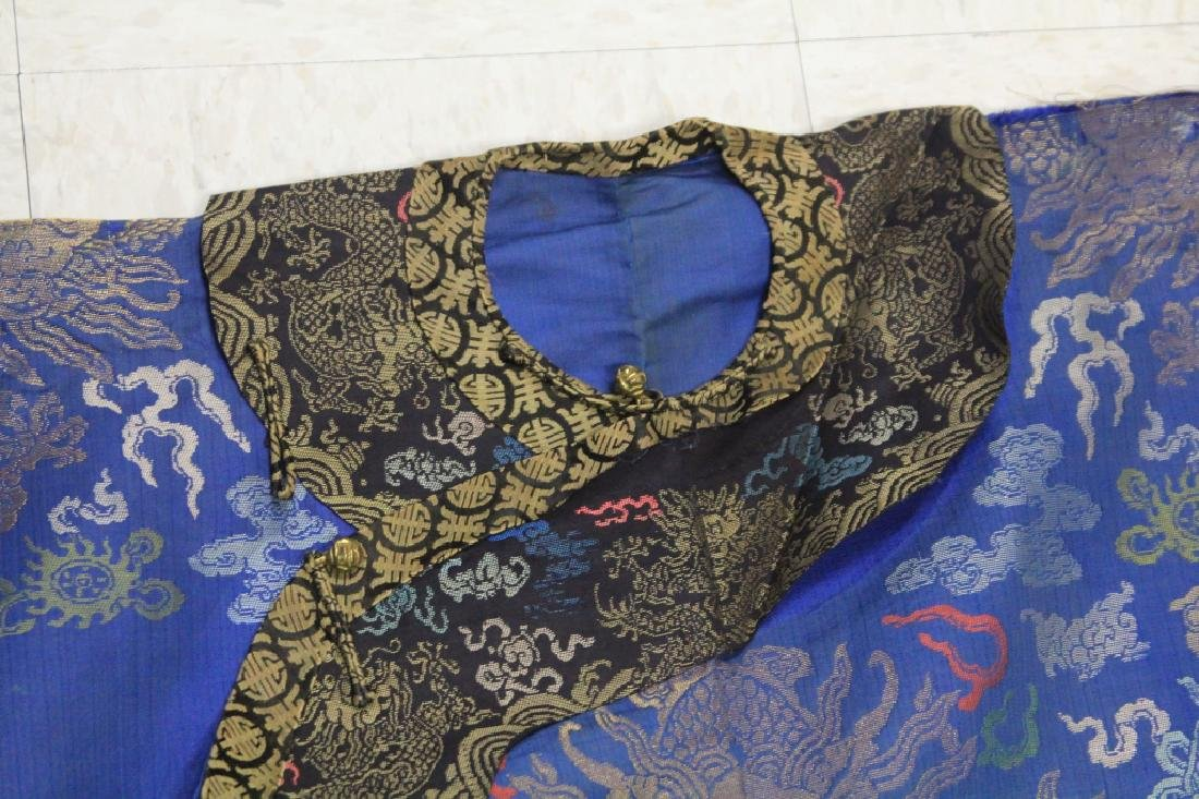 VINTAGE CHINESE EMBROIDERED ROBE - 2
