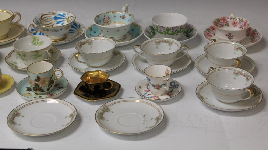 LOT OF (21) VINTAGE TEA CUPS AND SAUCERS - 3