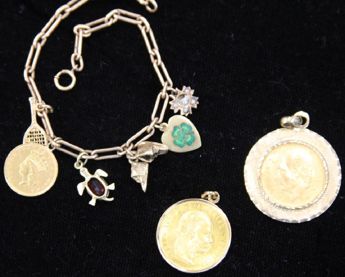 LOT OF 10KT-14KT JEWELRY: COIN PENDANTS, CHARMS