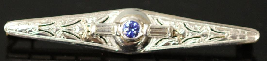 BLUE SAPPHIRE AND DIAMOND PLATINUM AND 14KT PIN