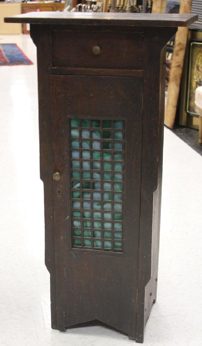 ARTS AND CRAFTS OAK STAIN GLASS CABINET