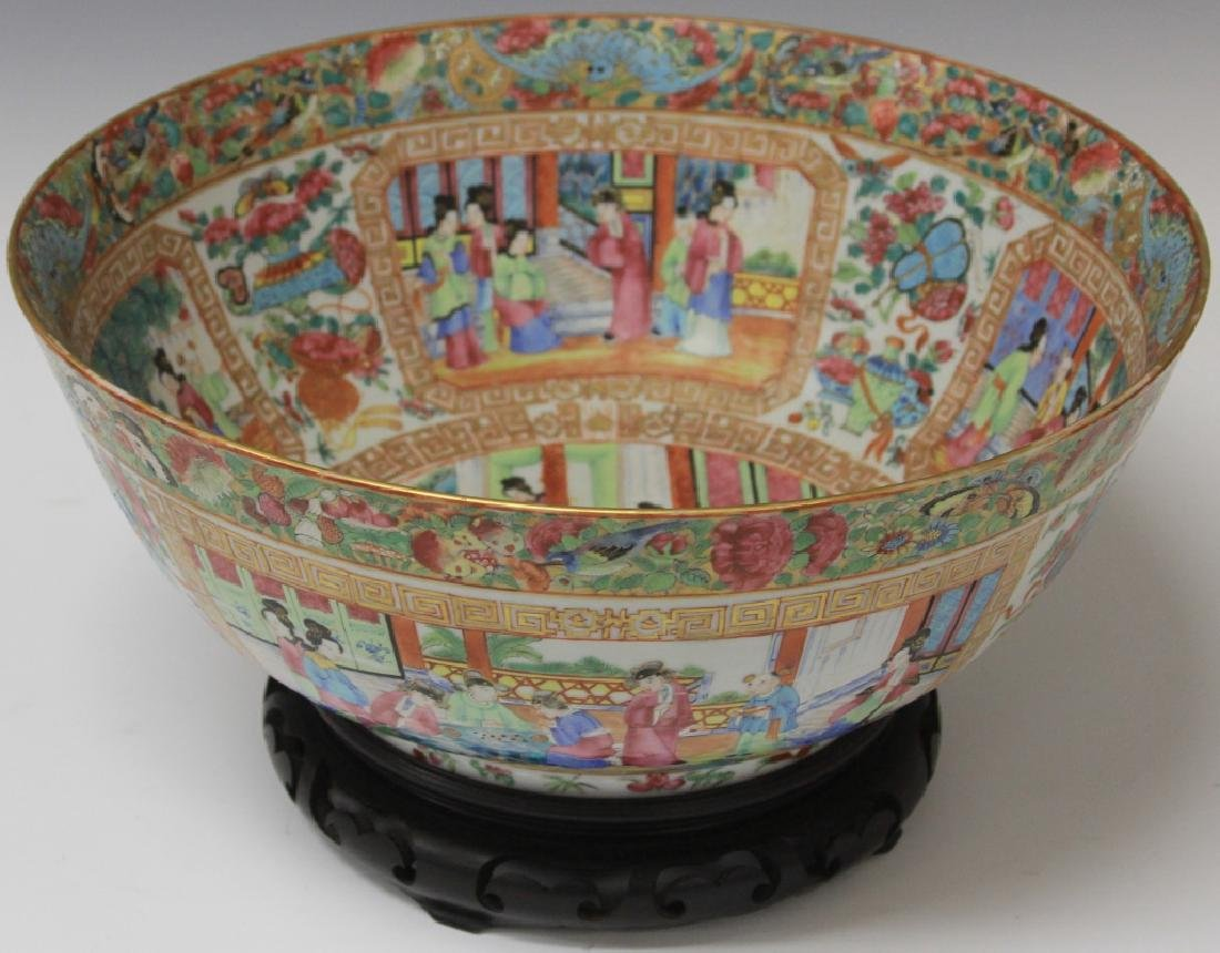 """EARLY CHINESE PORCELAIN BOWL,  14"""" D"""