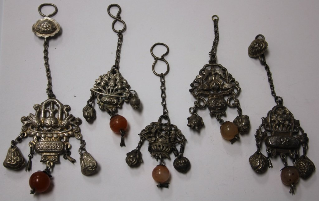 LOT OF (5) CHINESE SILVER PENDANTS
