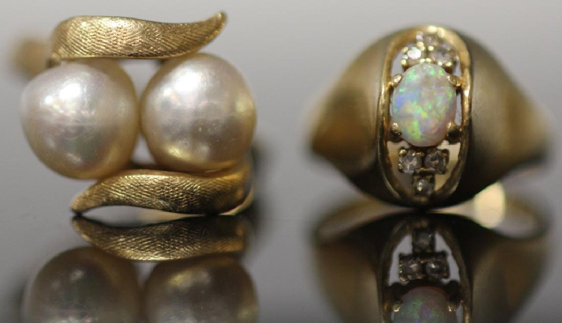 LOT OF (2) 14KT GOLD RINGS: PEARL & OPAL