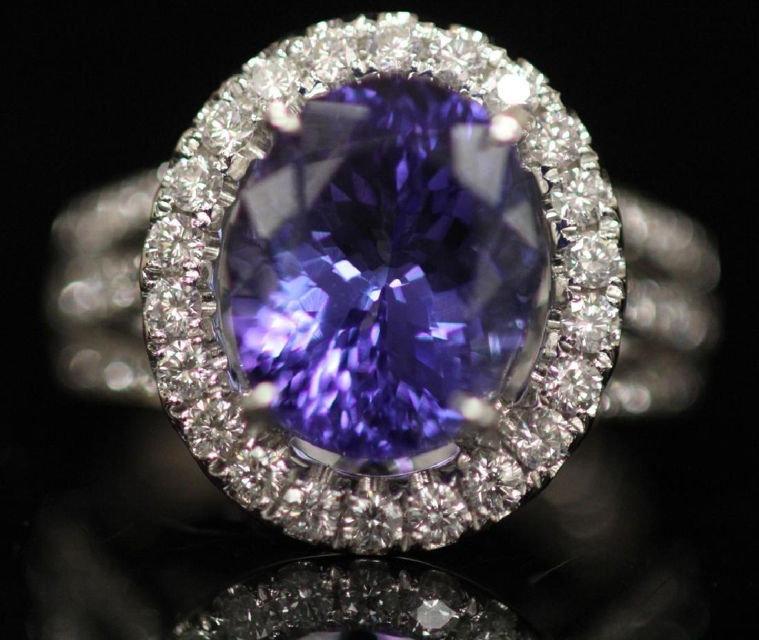 LADY'S TANZANITE & DIAMOND RING