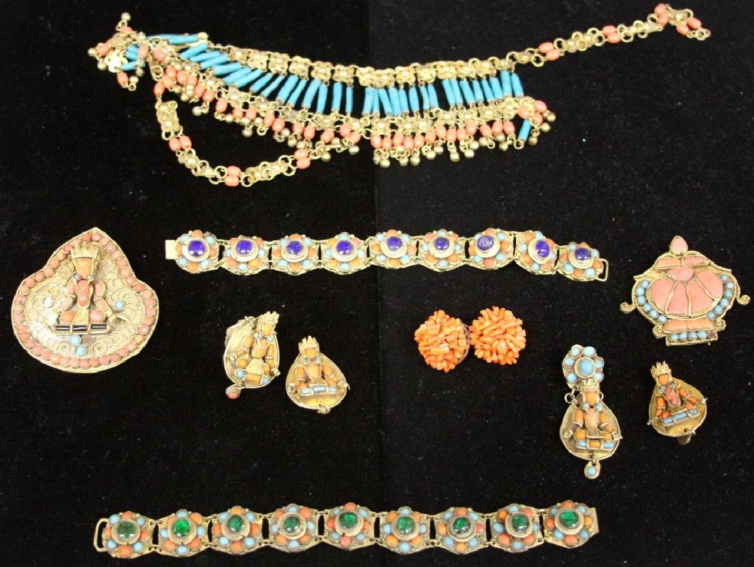 LOT OF (11) VINTAGE THAI JEWELRY PIECES