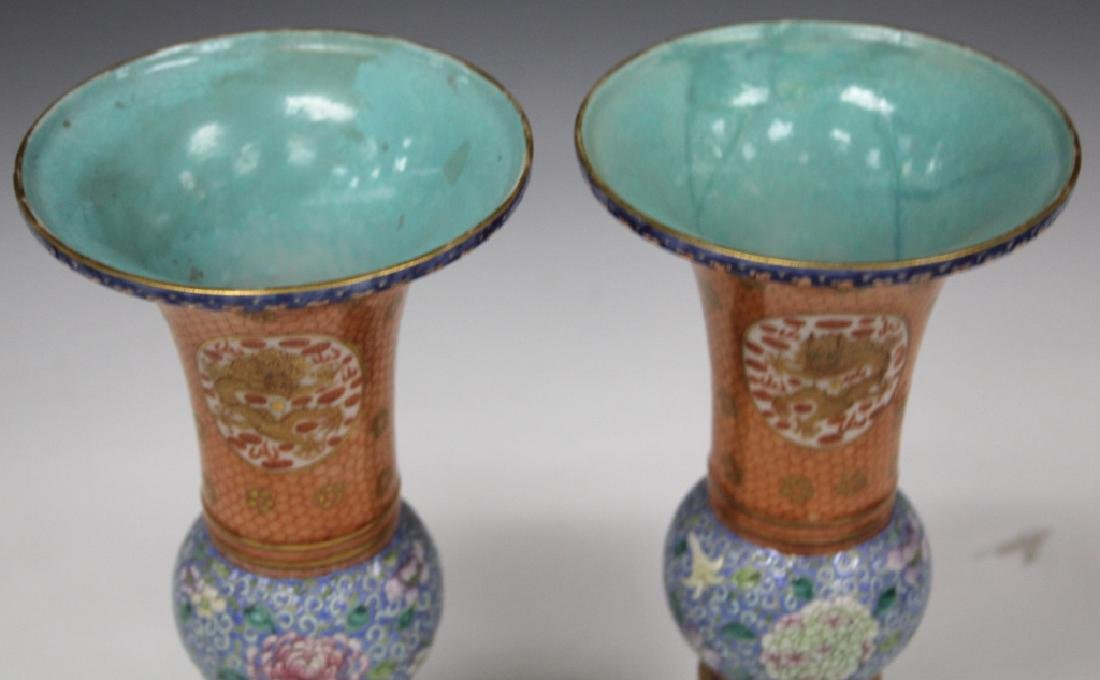 PAIR OF CHINESE REPUBLIC PERIOD PAINTED VASES - 3