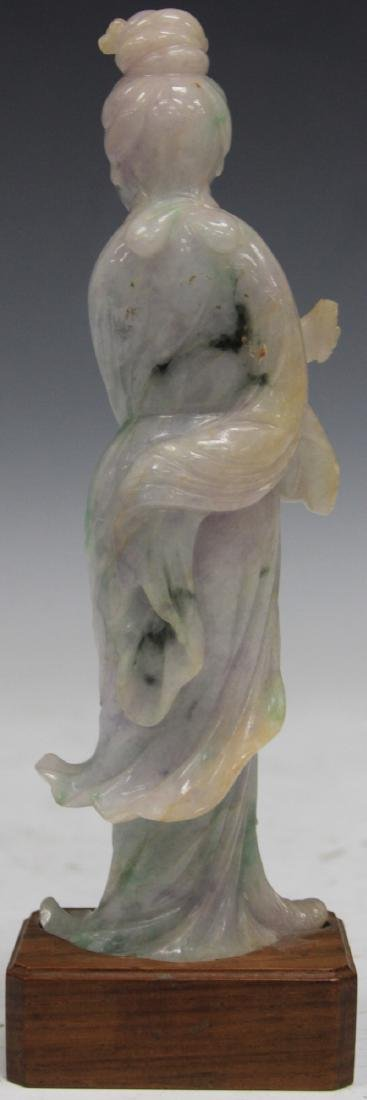 CHINESE CARVED JADE FIGURE OF QUAN YIN - 2