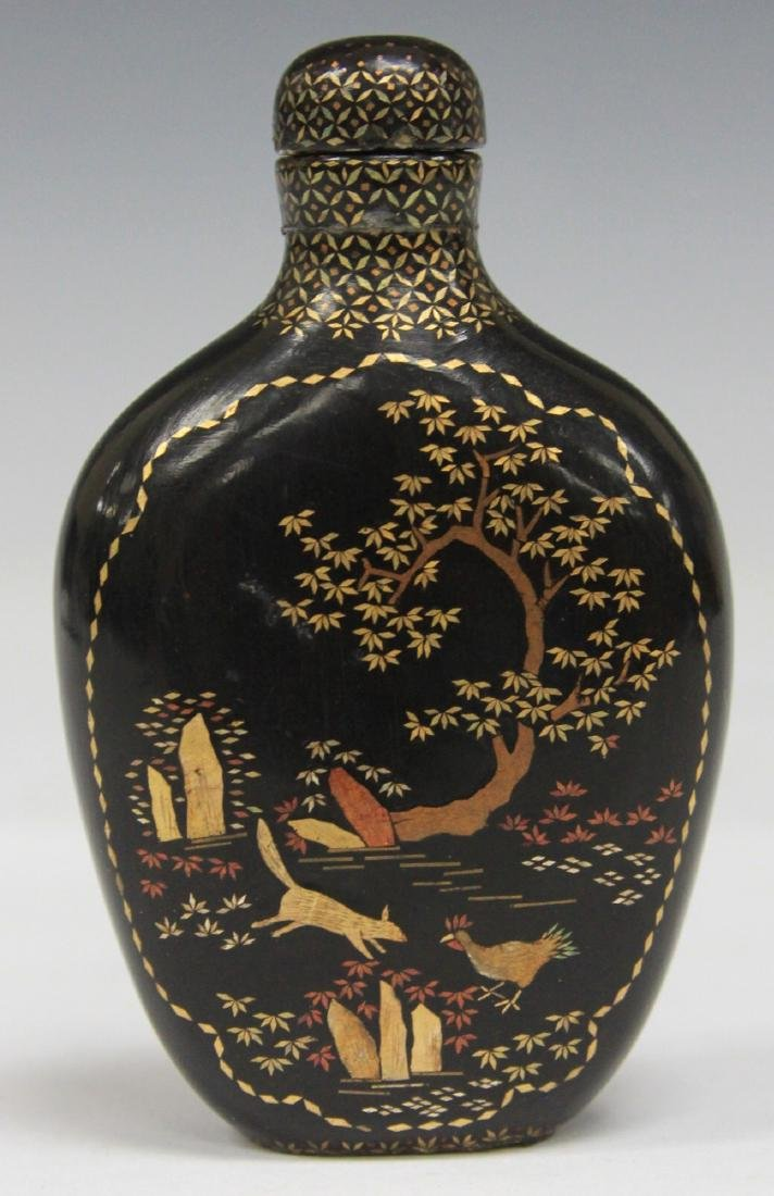 CHINESE BLACK LACQUERED PAINTED SNUFF BOTTLE