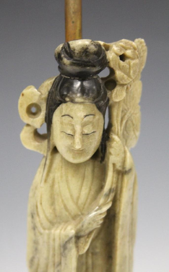 VINTAGE CHINESE CARVED SOAPSTONE QUAN YIN LAMP - 3