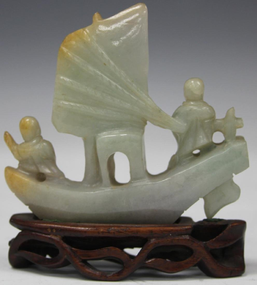 CHINESE VINTAGE CARVED JADE BOAT W/ FIGURES - 4