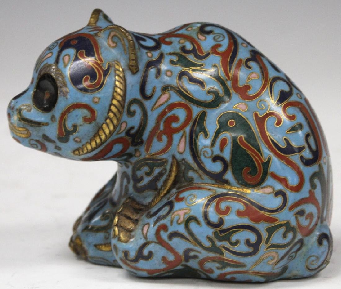 VINTAGE CHINESE CLOISONNE FIGURE OF CAT