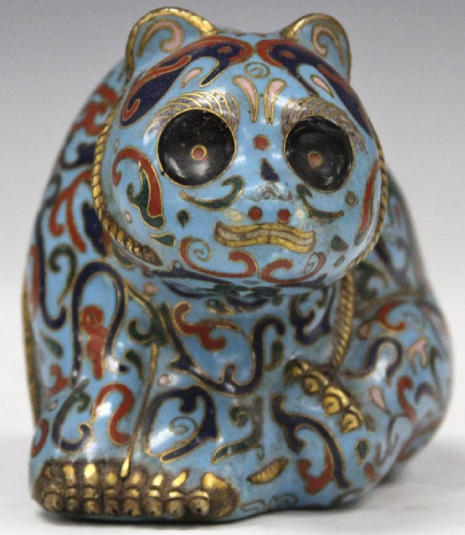 VINTAGE CHINESE CLOISONNE FIGURE OF CAT - 2