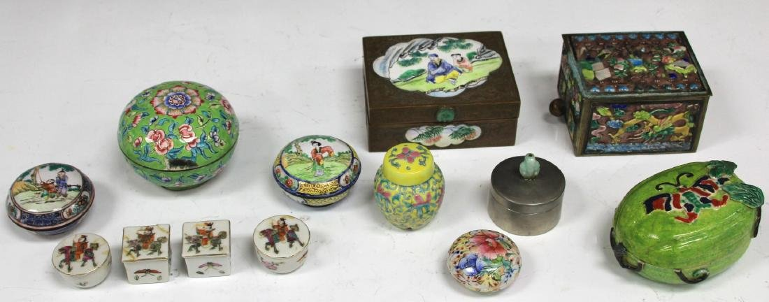 LOT OF (13) VINTAGE CHINESE PORCELAIN BOXES - 5